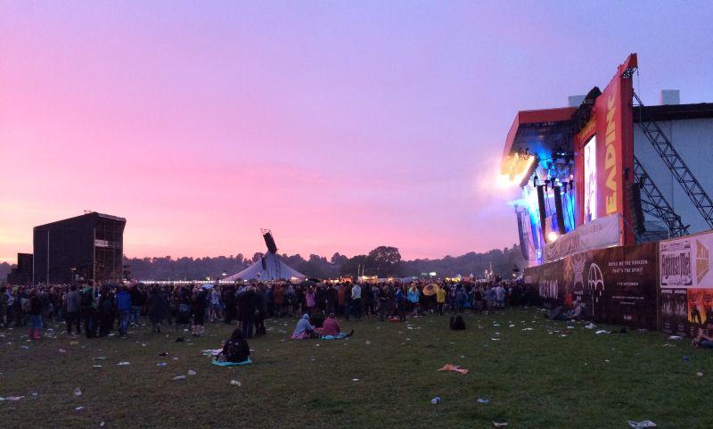 Die Hauptbühne beim Reading Festival in England