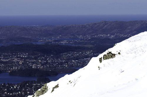 Utsikt over Bergen og ut mot havet