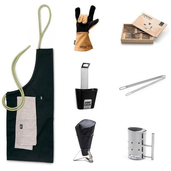 Höfats Cone Tillbehörspaket 2 med förkläde, grillhandskar, magnet kapsylöppnare, grillöverdrag, stekbestick, grilltång och BBQ starter