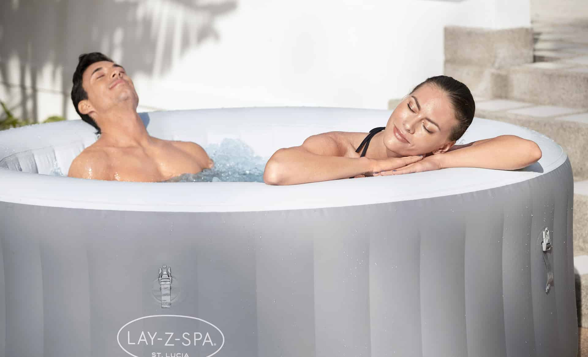 Lay-Z-Spa St.Lucia jacuzzi