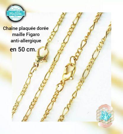 chaine dorée en 50 cm maille figaro 50 cm création MaLitho de chez Bijoux, pierres et bien-être