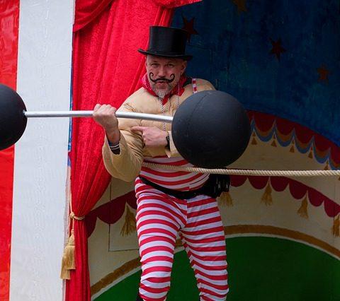altijd-pieken-onrealistische-verwachtingen-circus