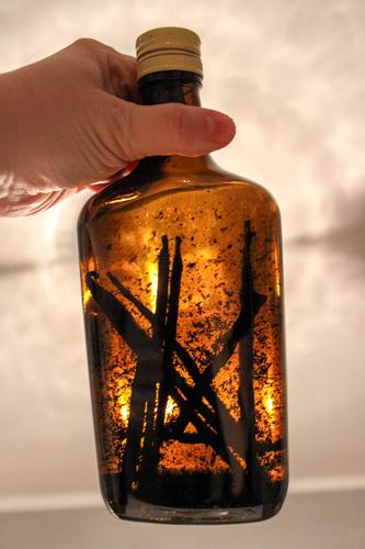 Vanilkový extrakt vo fľaši