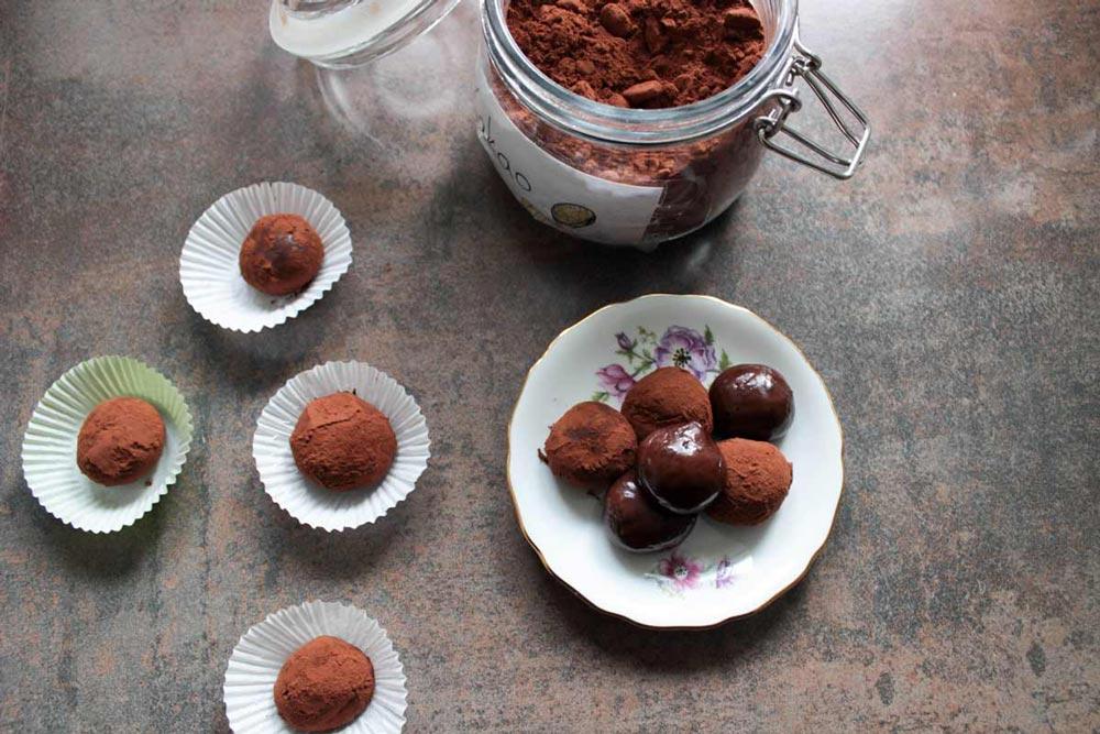 Brigadeiro a limetkové beijinho de coco