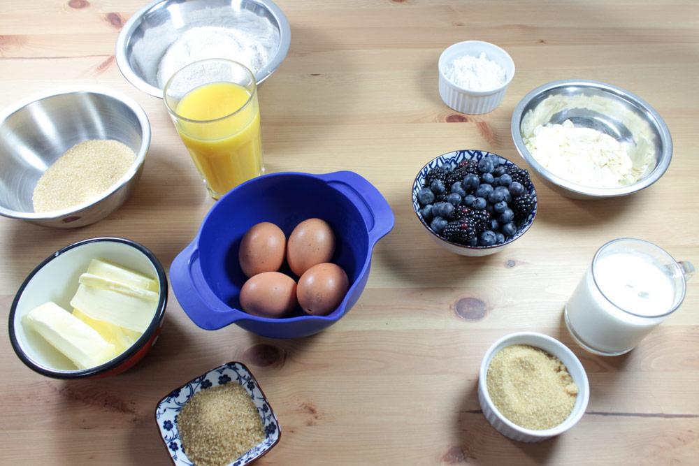 Ingredients for blackberry cake