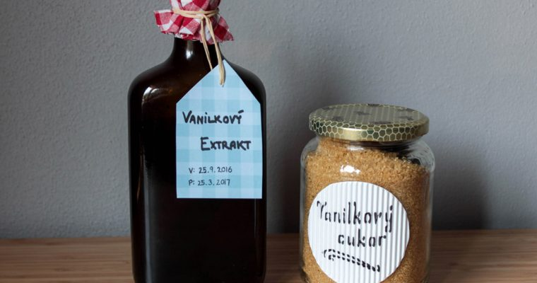 Home-made vanilla sugar and vanilla extract