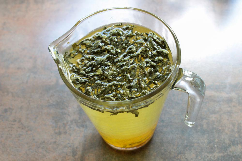 Green tea with orange zest