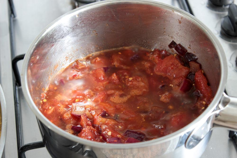 Čili paradajková salsa