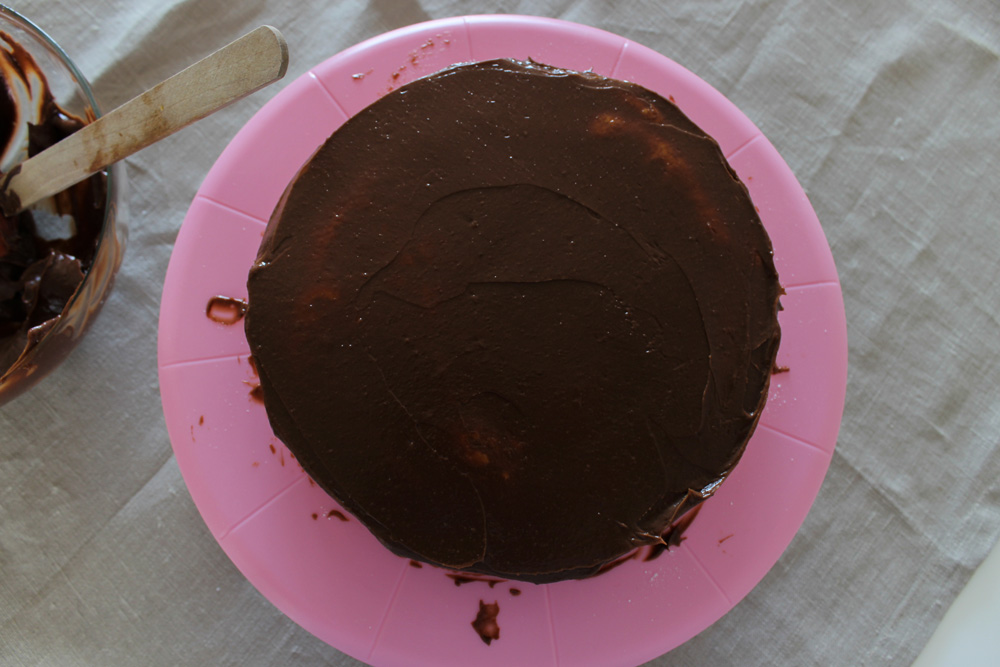 Torta potretá čokoládovým krémom