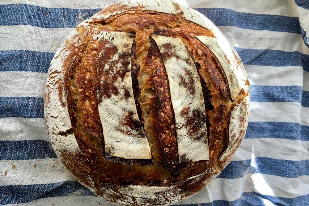 Pšeničný kváskový chlieb bez prekladania