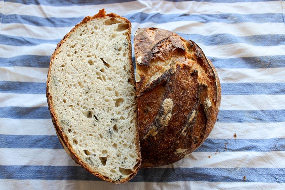 Pšeničný kváskový chlieb –pomalší spôsob