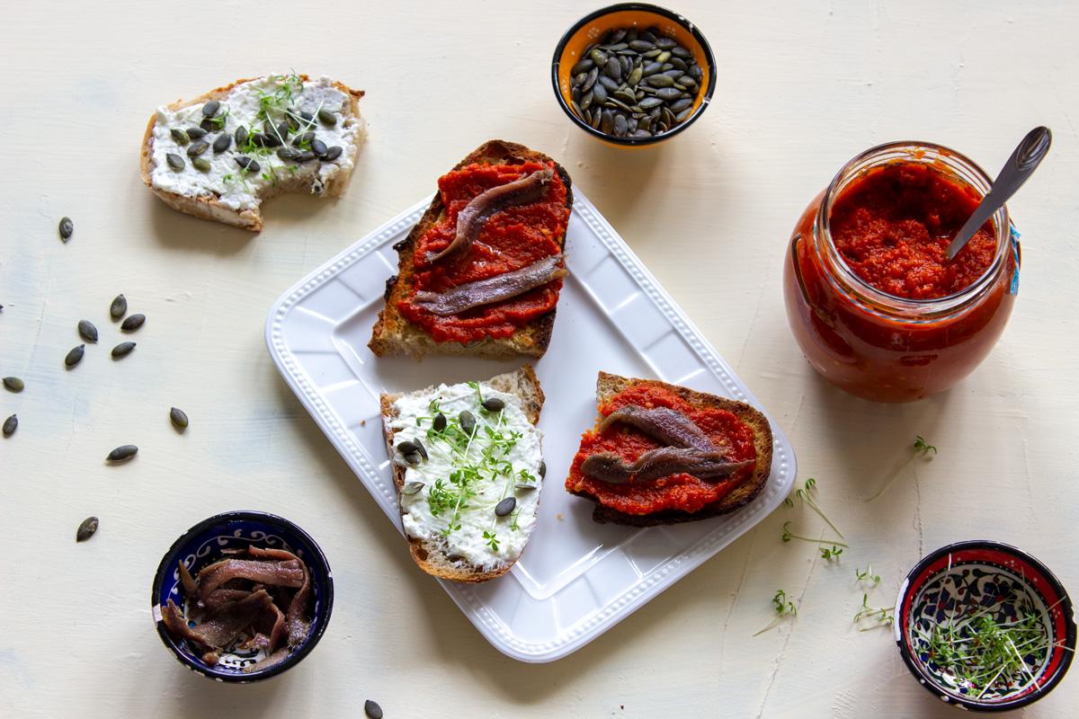 Bruschetta a chlebík s nátierkou