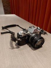Pentax MX met Tokine 24cm lens + draadontspanner