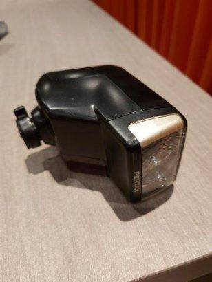 Pentax AF-330 FTZ flitser