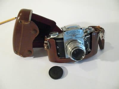 1954 Ihagee Exakta Varex VX Type 2 – 35mm SLR
