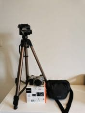Sony A6000 (garantie) + statief + tas