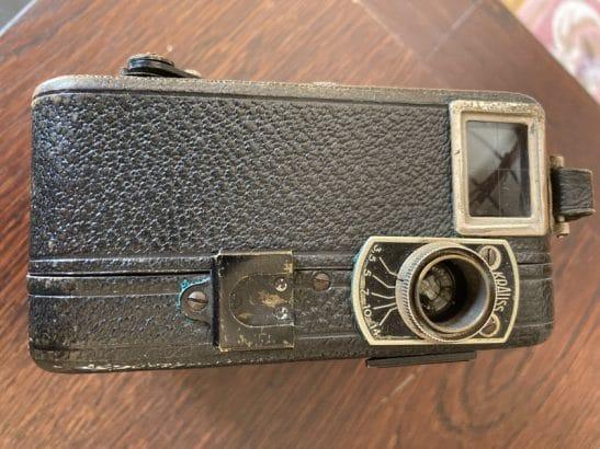 oude filmcamera 9.5 mm