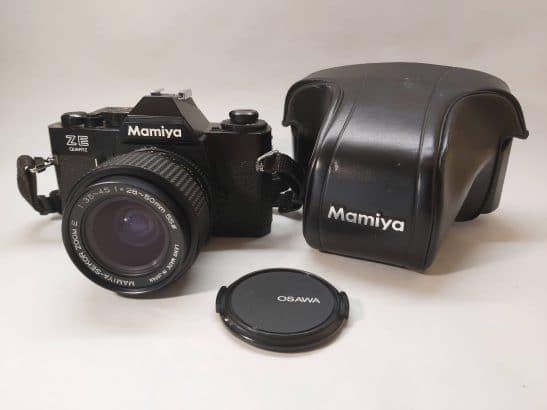 Mamiya ZE Quartz + Mamiya-Sekor zoom E 28-50mm