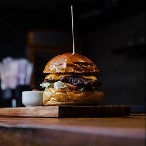 burger hos capri restaurant os