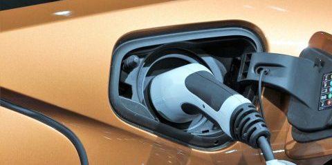 SKAT bremser danskernes lyst til at købe elbiler