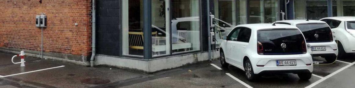 Få nem ladning af elbiler til medarbejdere og kunder