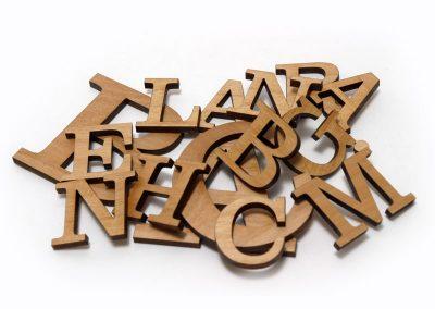 Letters & logo's