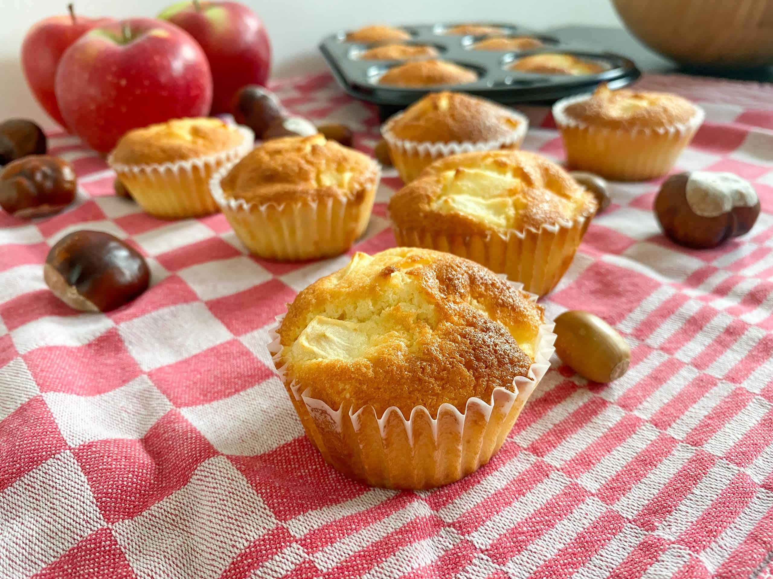Sweet Apple Cupcakes