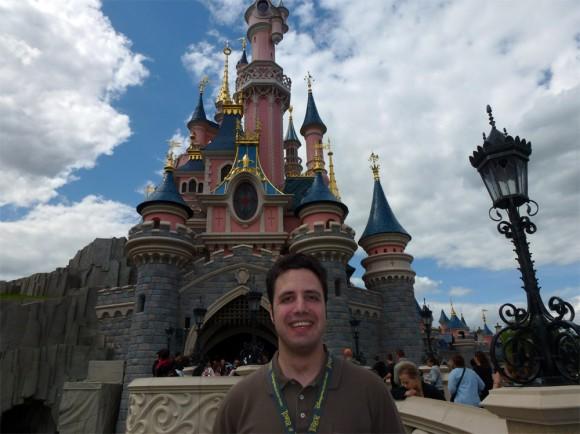 Dominik in Disneyland Paris