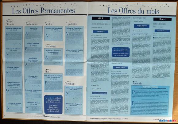 Disneyland Resort Paris Tribune Pages 6 & 7