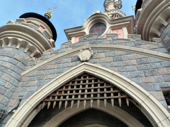 Disneyland Paris: Sleeping Beauty's Castle