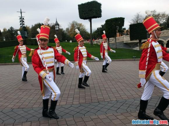 Toy Soldiers in the Christmas Cavalcade in Disneyland Paris