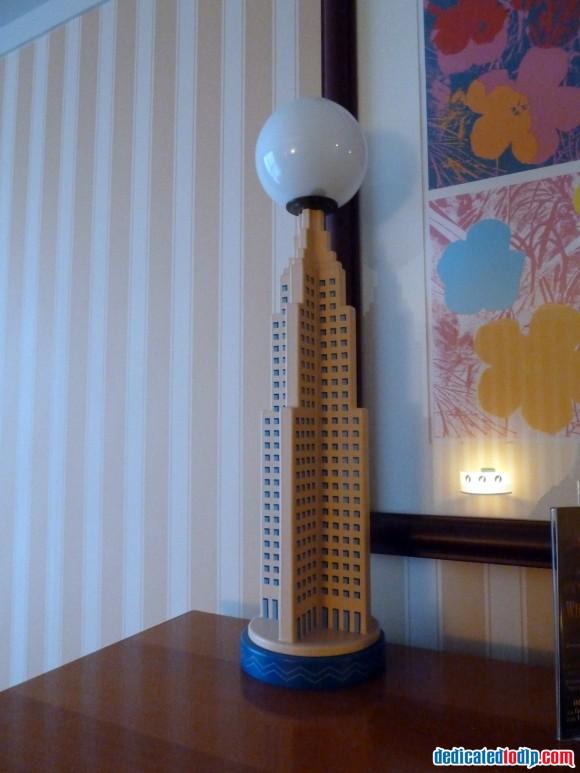 Hotel New York Lamp in Disneyland Paris