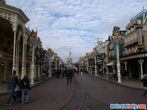 Disneyland Paris Photo Friday: On Cloud Nine