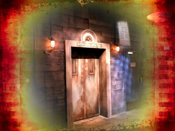 Disneyland Paris Photo Friday: Over The Top Effects. Tower of Terror