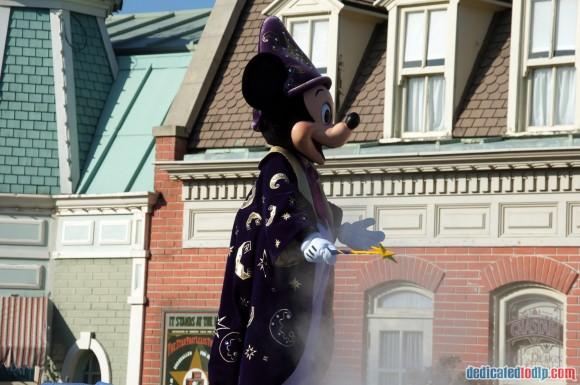 Disneyland Paris Photo Friday. Swing into Spring: Disney Magic on Parade