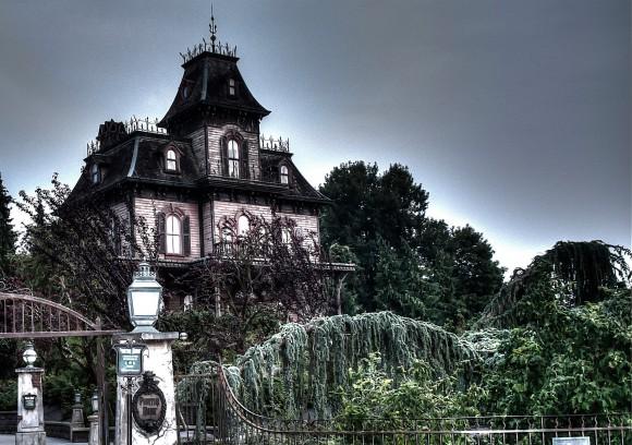 Disneyland Paris Photo Friday: Disneyland Park in Magical HDR. Phantom Manor