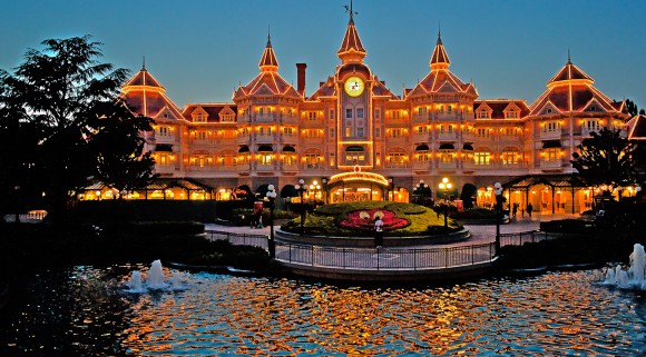 Disneyland Paris Photo Friday: Disneyland Park in Magical HDR. Disneyland Hotel