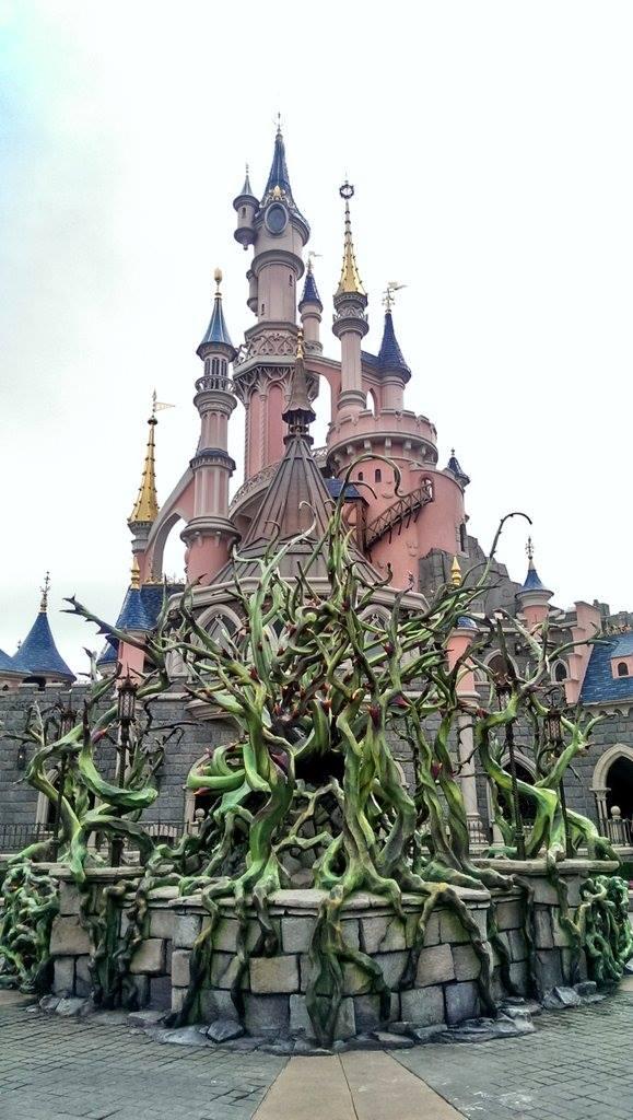 Disneyland Paris Halloween  Maleficent's Court