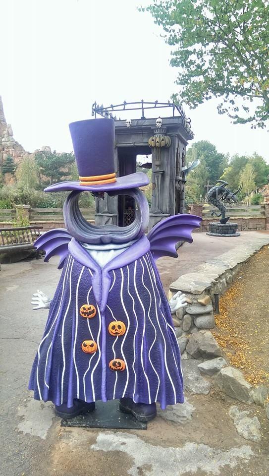 Disneyland Paris Halloween  Photo Location