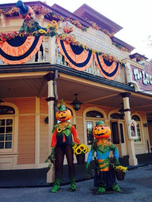 Disneyland Paris Photo Friday: Halloween 2014 Frontierland