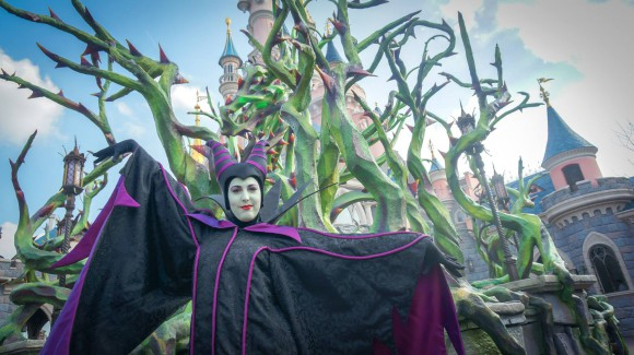 Disneyland Paris Halloween 2014 Photo Series: Maleficent's Court