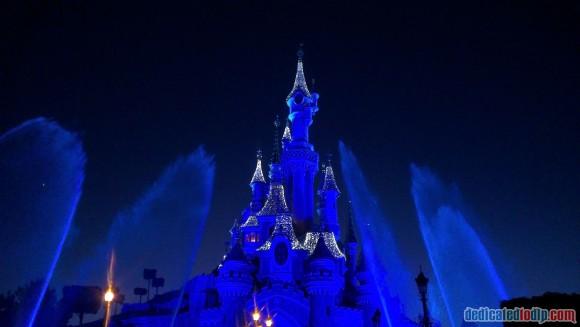 Disneyland Paris Frozen Summer Fun Season Review - Frozen Fountain Show