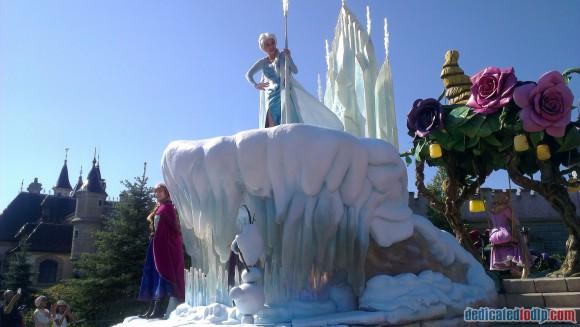 Disneyland Paris Frozen Summer Fun Season Review  - Main Parade