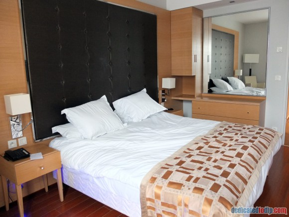 Relais Spa Chessy Val d'Europe Aparthotel Premium Double Room - Large Double Bed