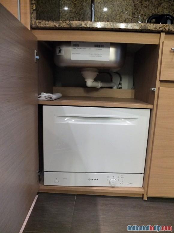 Relais Spa Chessy Val d'Europe Aprthotel (Near Disneyland Paris) – Premium Double Room Review - Dishwasher
