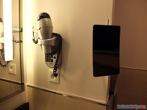 Relais Spa Chessy Val d'Europe Aprthotel (Near Disneyland Paris) – Premium Double Room Review - Bathroom