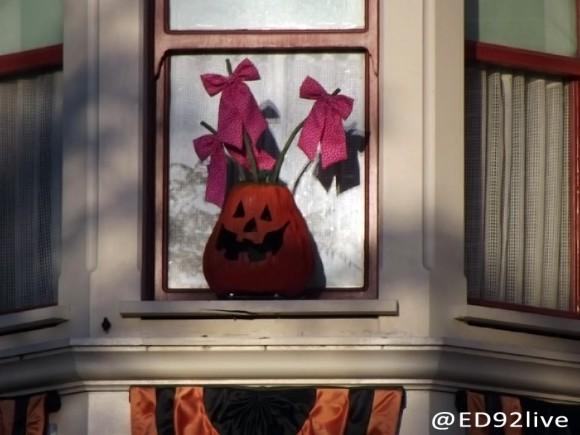 Halloween Pumpkin on Main Street, U.S.A. Disneyland Paris