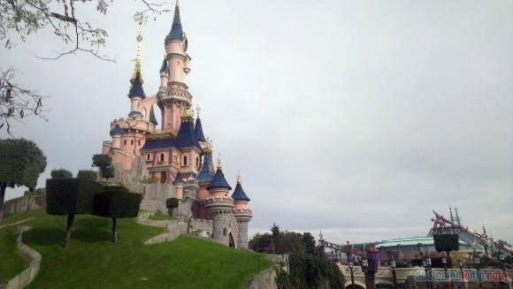 Disneyland Paris Diary: Halloween 2015 – Day 2 - Sleeping Beauty Castle