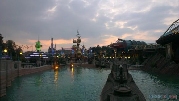 Disneyland Paris Diary: Halloween 2015 – Day 4 - Discoveryland