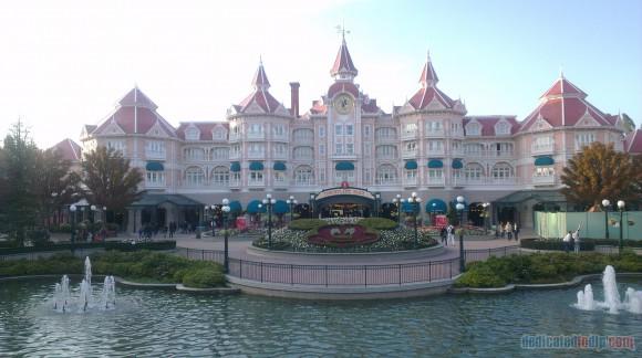 Disneyland Paris Diary: Halloween 2015 - Day 1 - Disneyland Hotel
